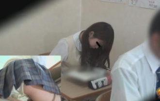 盗撮女子校生 授業中連発大おなら ~周りにバレてる大爆音~