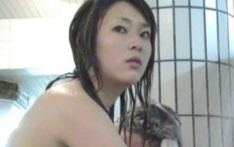 幻の潜入銭湯盗撮作品! 銭湯でイこう! 濡れ場編 Vol.04